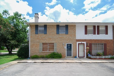 Townhouse For Sale: 1220 Cactus