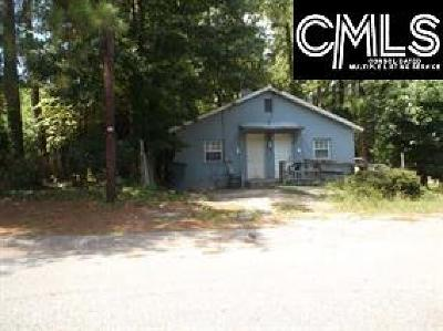 Columbia Multi Family Home For Sale: 3905 Water