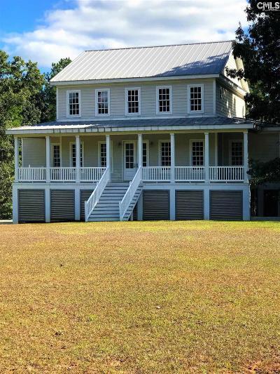 Fairfield County Single Family Home For Sale: 298 Vinings