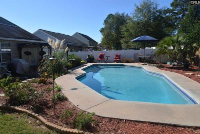 Orchard Hill Single Family Home For Sale: 81 Cherry Grove