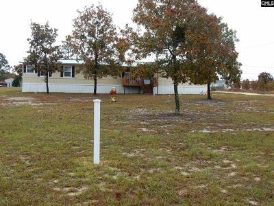 Lexington Single Family Home For Sale: 476 Doe Trail