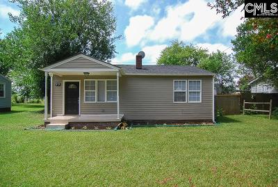 Rosewood Single Family Home For Sale: 99 Rose