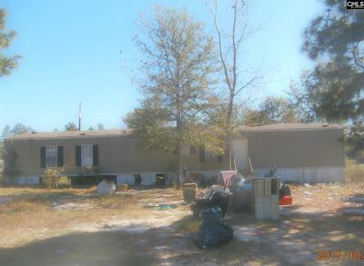 Lexington Single Family Home For Sale: 475 Crout Place