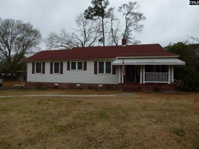 Johnston Single Family Home For Sale: 804 Mobley