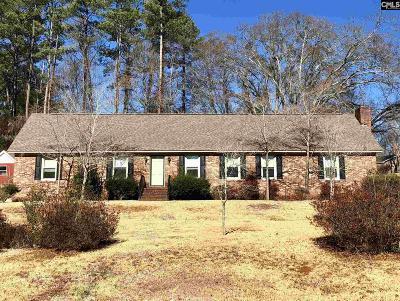 Fairfield County Single Family Home For Sale: 104 Calvert