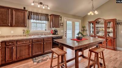 Sandy Oaks Single Family Home For Sale: 216 Sandy Valley