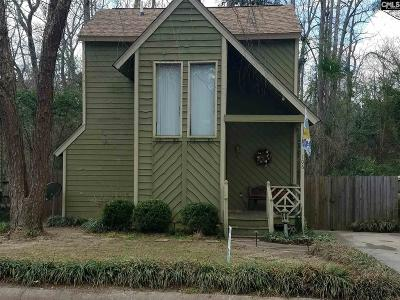Lexington Single Family Home For Sale: 106 Walnnut Creek