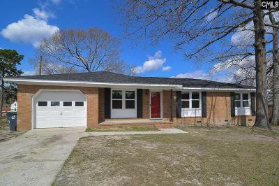 West Columbia Single Family Home For Sale: 111 Cedarlane