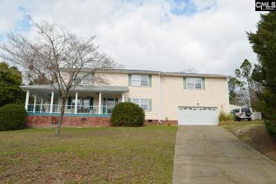Elgin Single Family Home For Sale: 18 Belle Oaks