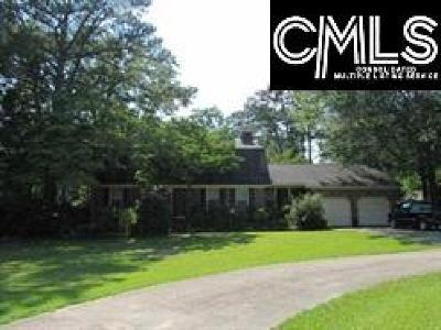 Hopkins Single Family Home For Sale: 241 Saddlebrook