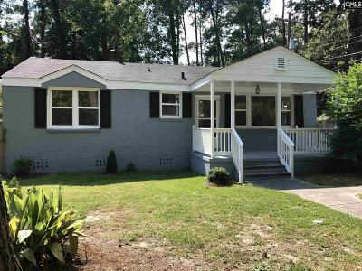 Single Family Home For Sale: 2721 Parkwood