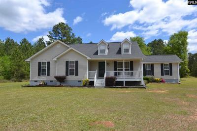 Single Family Home For Sale: 157 Hallwood