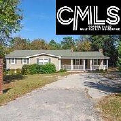 Elgin Single Family Home For Sale: 702 Leslie Branham