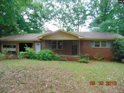 Saluda Single Family Home For Sale: 106 Cedar
