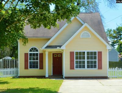 Single Family Home For Sale: 305 Chisolm Ct