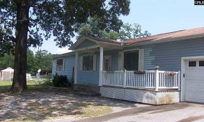 Elgin Single Family Home For Sale: 308 Longleaf