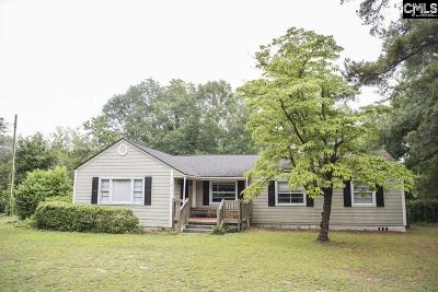 Rosewood Single Family Home For Sale: 704 S Ott