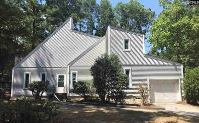 Elgin Single Family Home For Sale: 300 Deer Run