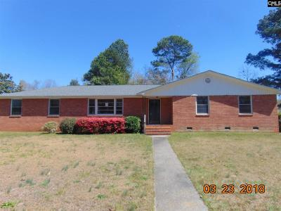 Columbia Single Family Home For Sale: 900 Brantley