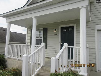 Lexington Single Family Home For Sale: 306 Cavalier