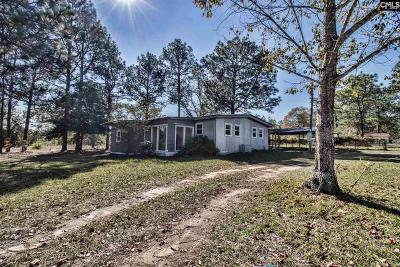 West Columbia Single Family Home For Sale: 130 Bobsled