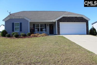 Single Family Home For Sale: 221 Isom