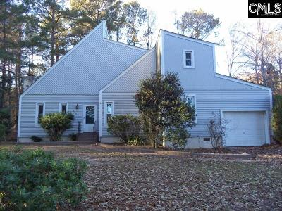 Elgin Single Family Home For Sale: 300 Deer Run