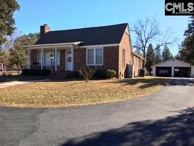 Lexington Single Family Home For Sale: 210 Railroad