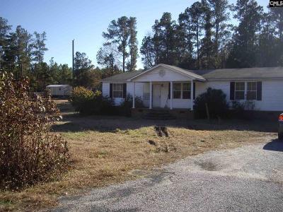 Winnsboro Single Family Home For Sale: 104 Saint Luke Church