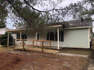 West Columbia Single Family Home For Sale: 304 Lloydwood