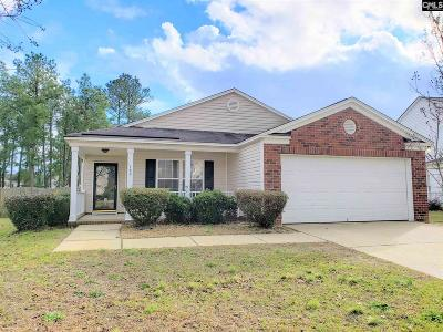 Columbia Single Family Home For Sale: 105 Brittany Park