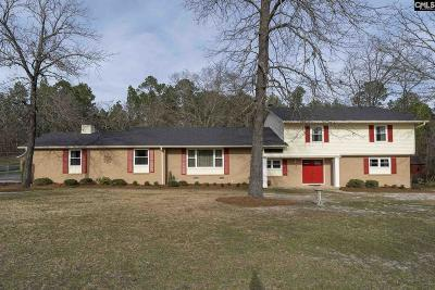 West Columbia Single Family Home For Sale: 237 Dogwood
