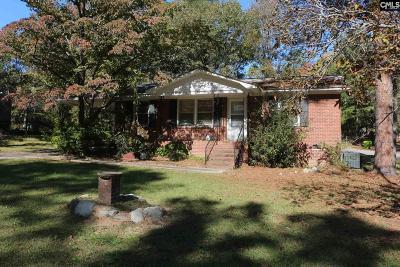 Blythewood, Ridgeway, Winnsboro, Columbia, Eastover, Elgin, Forest Acres, Gadsden, Hopkins Single Family Home For Sale: 5143 Old Leesburg