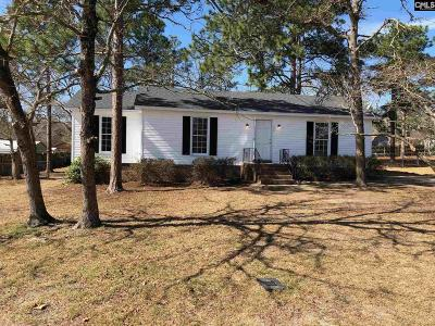 Lexington Single Family Home For Sale: 144 S Wrenwood