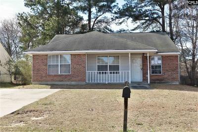 Hopkins Single Family Home For Sale: 145 Raintree