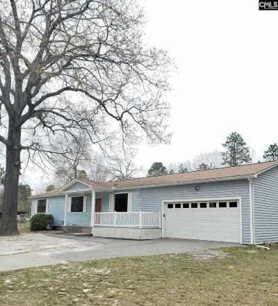 Elgin Single Family Home For Sale: 308 Longleaf
