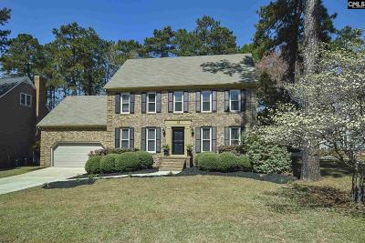 Single Family Home For Sale: 105 Winding