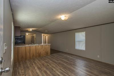 Lexington County Single Family Home For Sale: 609 Calvary Church