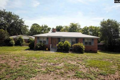 Single Family Home For Sale: 3001 Lindenwood