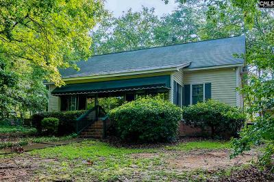 Single Family Home For Sale: 300 Rollingwood