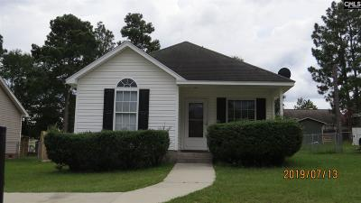 Lexington Single Family Home For Sale: 220 Hallie Hills