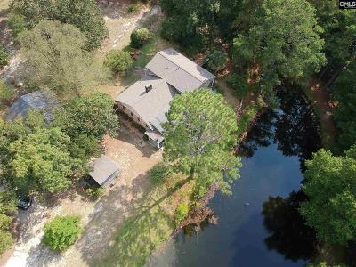 Single Family Home For Sale: 383 Sandy Springs