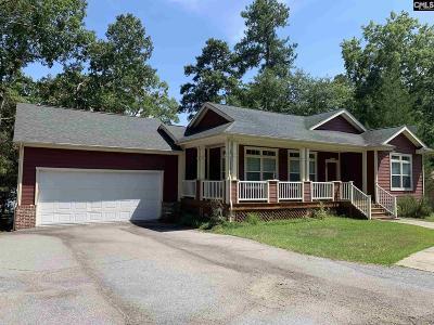 Fairfield County Single Family Home For Sale: 375 Dutchman