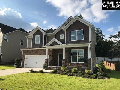 Lexington Single Family Home For Sale: 216 Golden Fluke