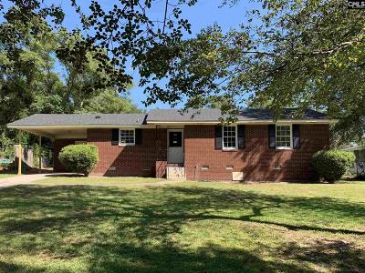 Single Family Home For Sale: 2135 Leesburg
