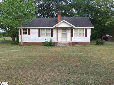 Taylors Single Family Home For Sale: 44 Wofford