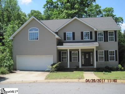 Single Family Home For Sale: 208 Flat