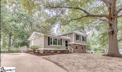 Simpsonville Single Family Home For Sale: 2 Chuckwood