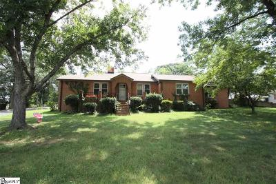 Single Family Home For Sale: 103 Barbare