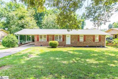Greenville Single Family Home For Sale: 102 Pinefield